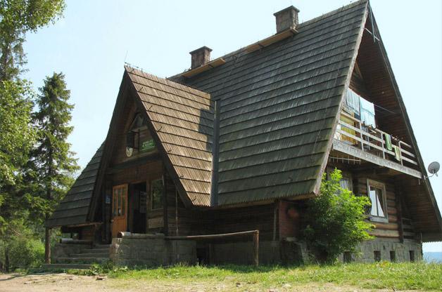Bacówka na Maciejowej w Gorcach