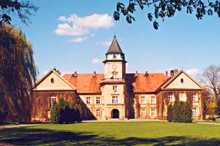 Zamek Tarnowskich w Dzikowie